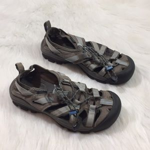 Keen Water/ Hiking Shoes, Gray, Size 6.5